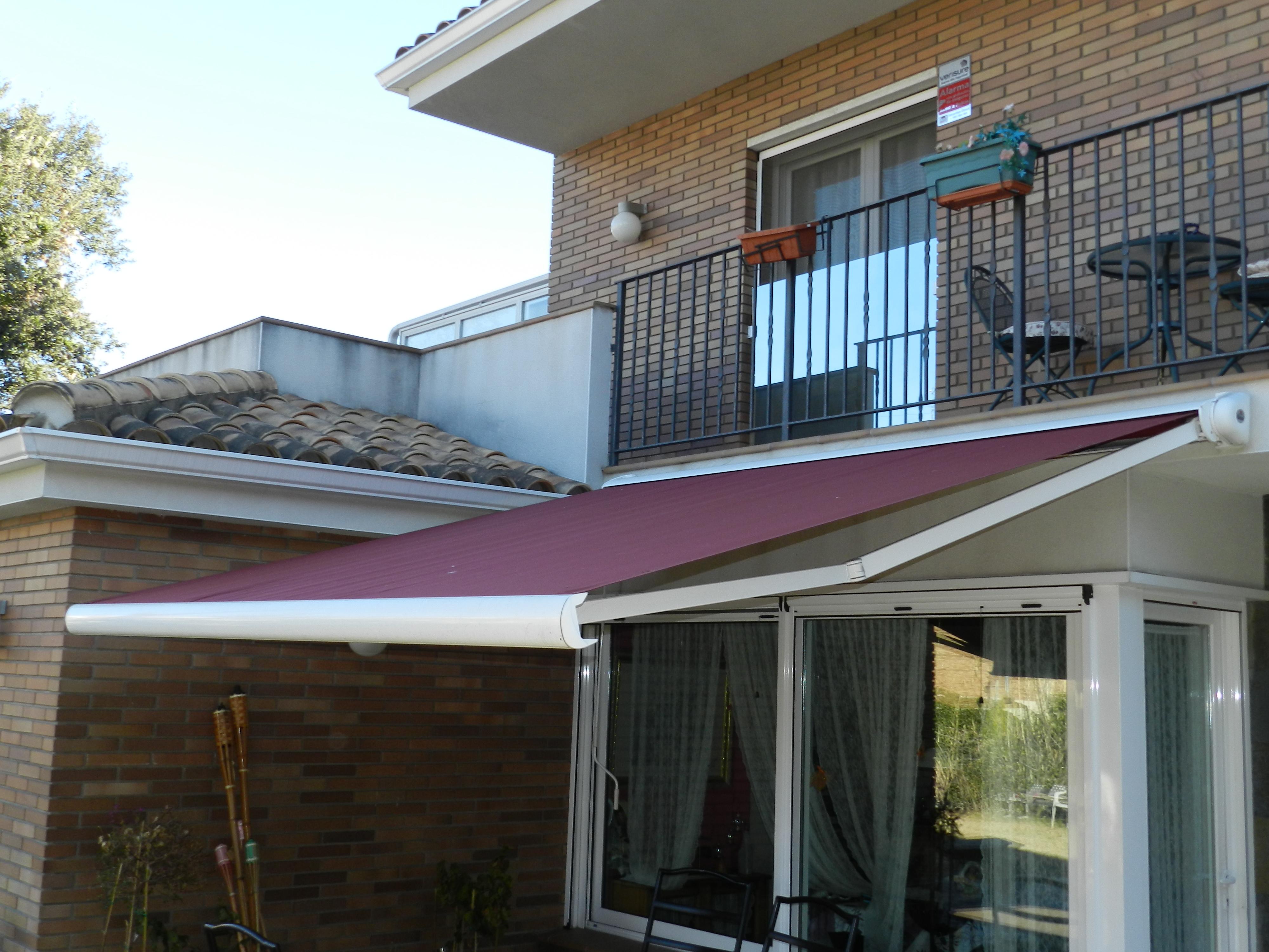Puertas de aluminio y cerramientos catalogo puertas de for Puertas para terrazas