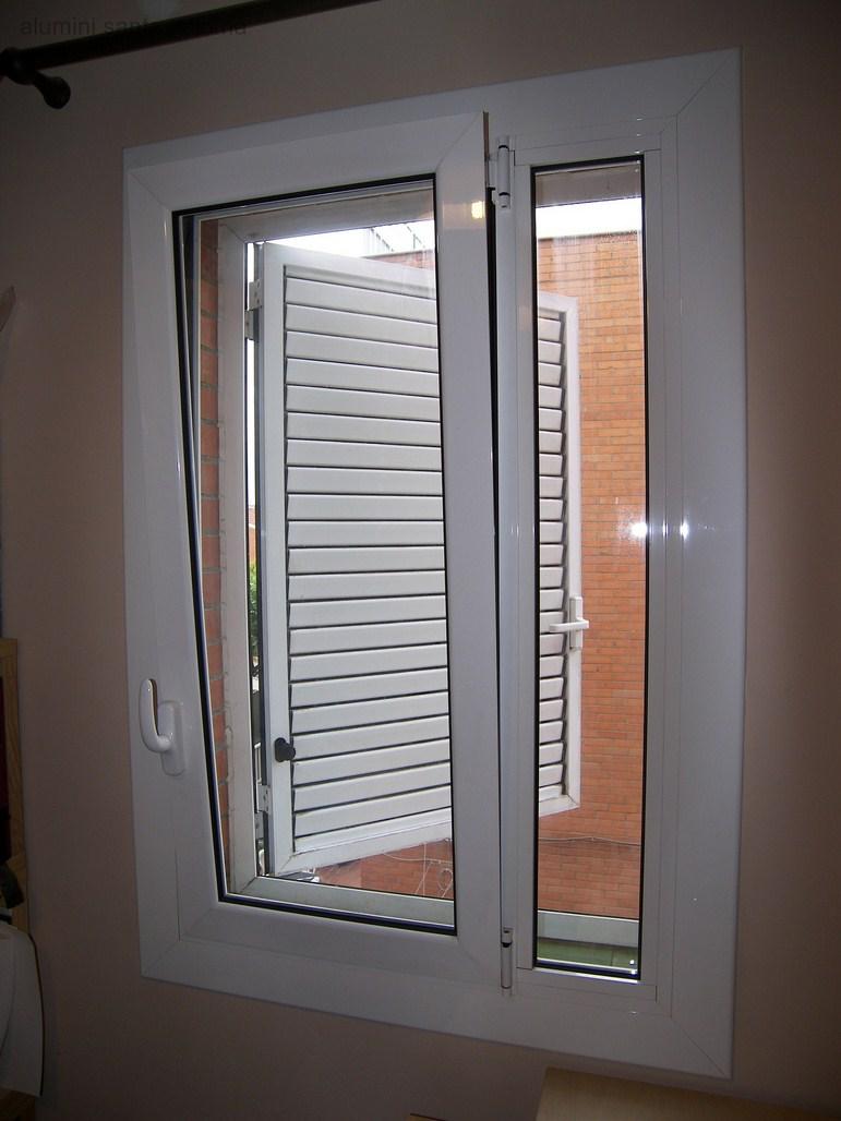 Casa de este alojamiento ventanas de madera barcelona neuquen - Puertas canomar ...